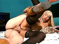 Dude drilling beauty blonde shemale